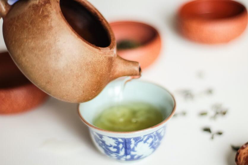drinking soursop tea